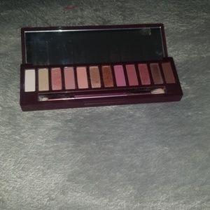Naked urban decay cherry eyeshadow palette